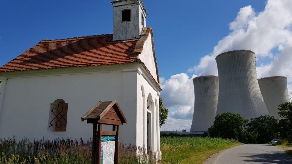 Kaplička v Lipňanech, Dukovany