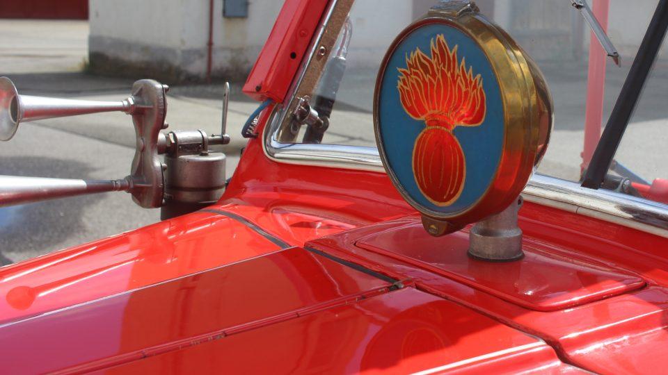 Historická automobilová stříkačka SDH Kamenice nad Lipou