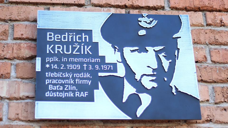 Bedřich Kružík, pamětní deska v Třebíči