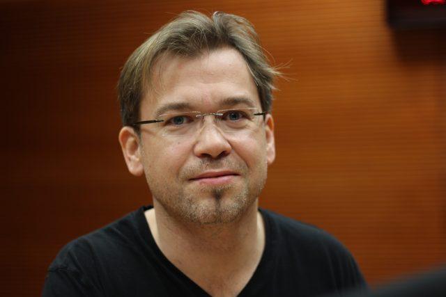 Marcel Novák, ladič a intonér pian