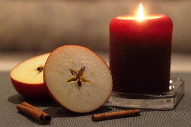 Rozkrojené jablko