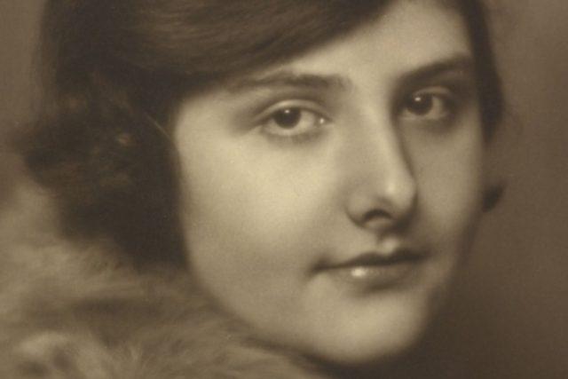 Koncertní houslistka Alma Rosé byla neteří skladatele Gustava Mahlera