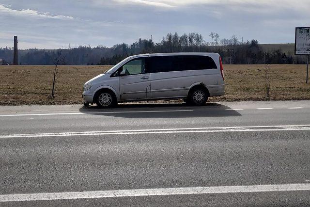 Helenín, auto
