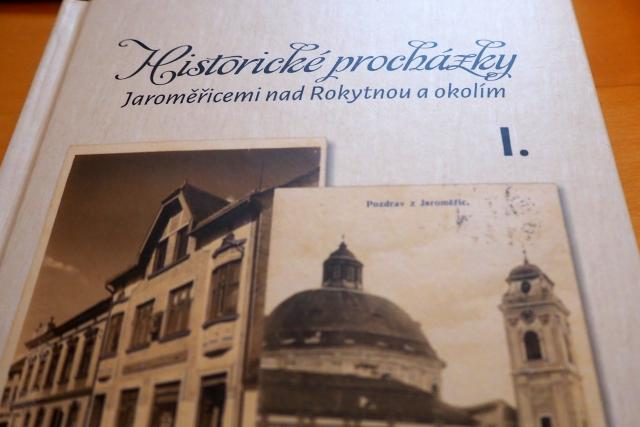 Historické procházky Jaroměřicemi, kniha