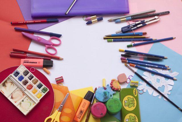 Papírnictví,  ilustrační foto | foto: Pexels  (5069772)