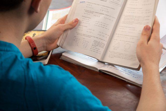 Studium  (ilustrační foto)   foto: Fotobanka Profimedia