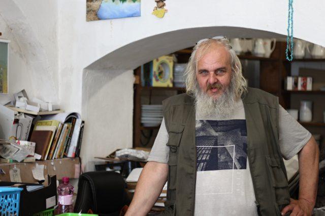 Petr Valeš, Kamenice