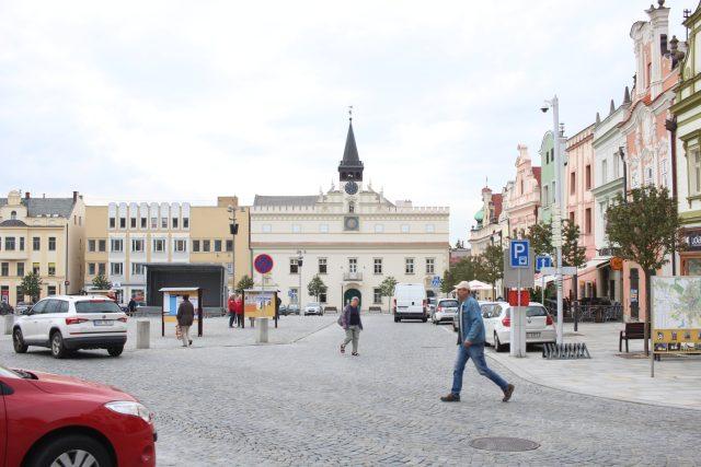 Havlíčkovo náměstí v Havlíčkově Brodě, v pozadí Stará radnice