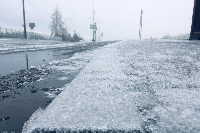 Počasí, ledovka, námraza, náledí, zima (ilustrační foto)